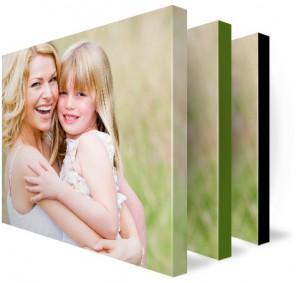 Use IclicknPrint app to create beautiful canvas photos